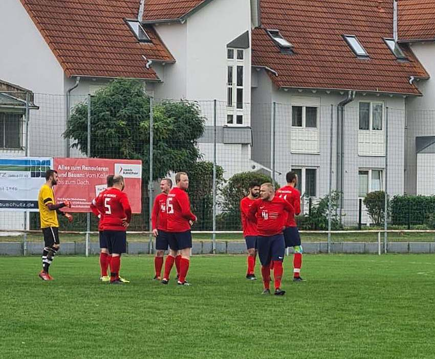 tus-hochheim-ii-sg-kickers-worms-3